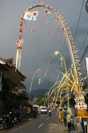 Manah Liang Bungalow : Main Street, Munduk
