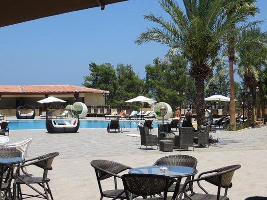 Lapta, Cypern: Pool area