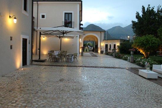 Relais Tenuta San Domenico : ingresso alla tenuta