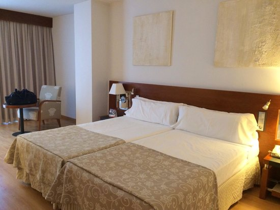 TRYP Palma Bellver Hotel : Lovely room