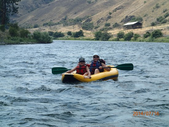 Winding Waters River Expeditions & Day Tours : enjoying the river