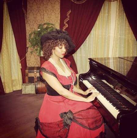 Wild Gals Old Time Photo: I don't always play piano but when I do,  I do it in costume!
