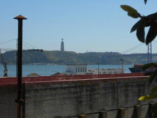 As Janelas Verdes: vista da terrazza