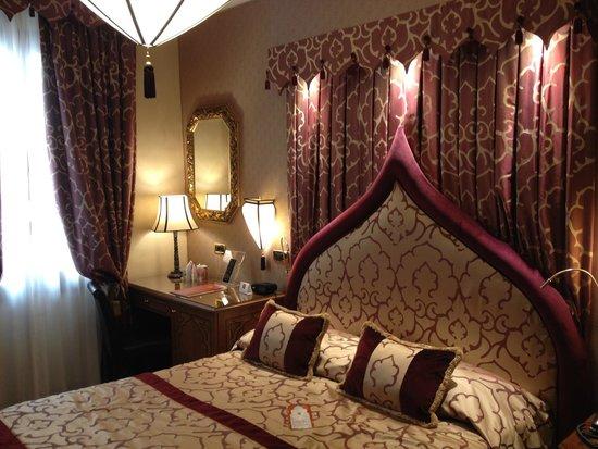 Ai Mori d'Oriente Hotel: Kamer