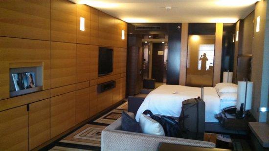 Hilton Beijing Wangfujing: view of room from the window