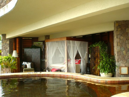 Jade Mountain Resort: a small part of our suite