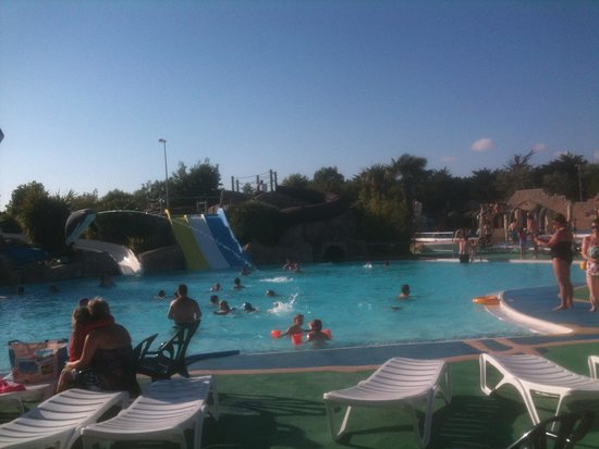 Le Clarys Plage : Pool picture