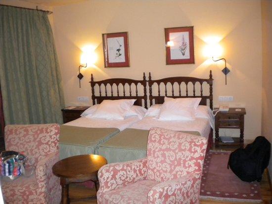 Parador de Tordesillas: Comfortable beds