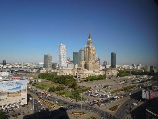 Novotel Warszawa Centrum : vue du palais de la culture et de la scoence