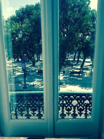 The Independente Hostel & Suites: Vista da janela da sala