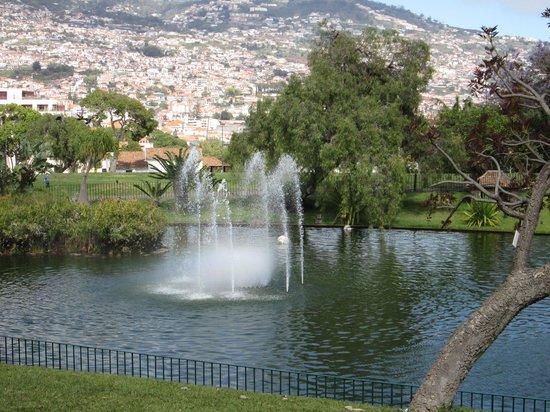 Santa Catarina Park: Fountains in full flow