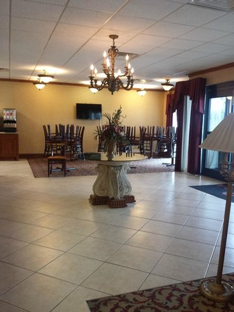 Motel 6 Jacksonville: Lobby/ breakfast area