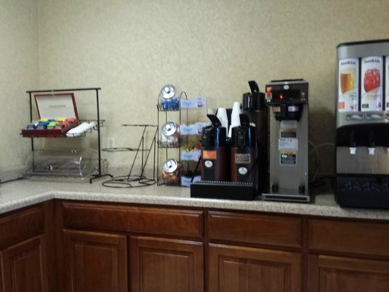 Motel 6 Jacksonville: Breakfast area