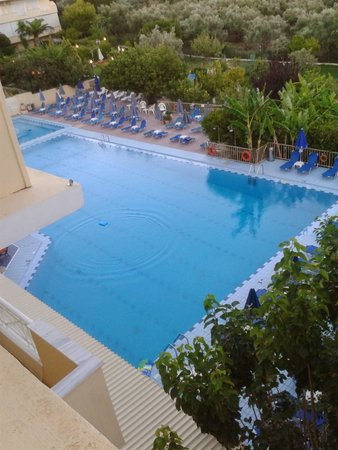Koukounaria Aparthotel & Suites: view from our balcony