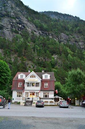 Fjellro Turisthotell: Hotellet sett forfra