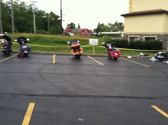 La Quinta Inn & Suites Erie: Bike area