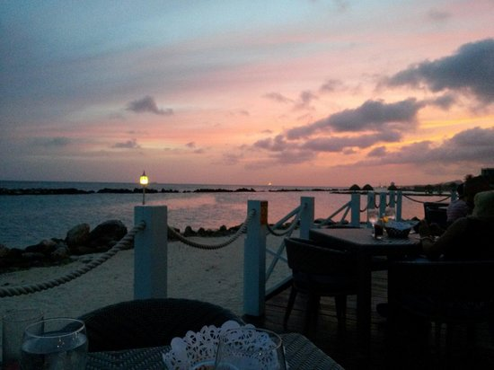 Sunscape Curaçao Resort Spa & Casino: The view while having dinner at the Bluewater