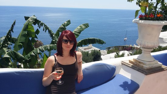 La Casa di Peppe Guest House & Villa : Relaxing with a welcome drink