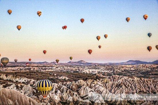 Royal Stone Houses: Hot Air Ballooning