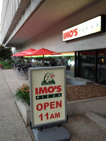 Imo's Pizzeria at the Hilton