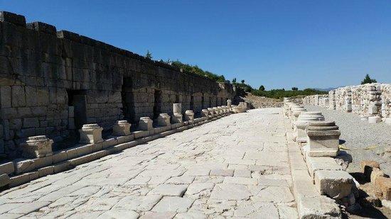 Kibyra: The agora