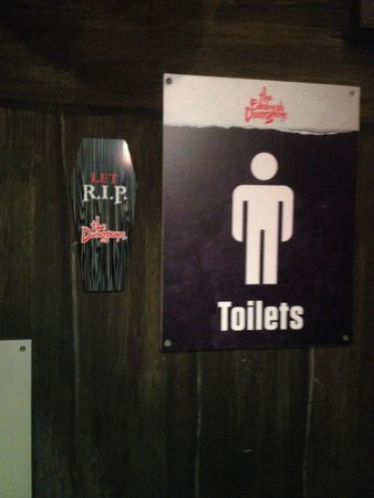The Edinburgh Dungeon: funny toilet sign
