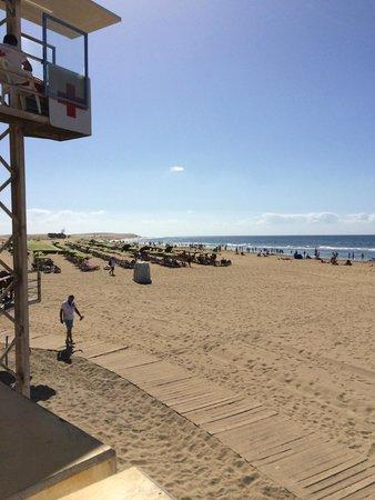 Hotel Riu Palace Oasis : maspalomas beach, directly outside hotel