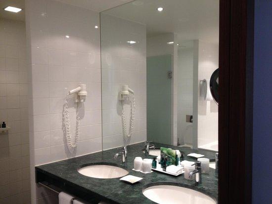 Sofitel Berlin Kurfürstendamm: Bath Deluxe Room