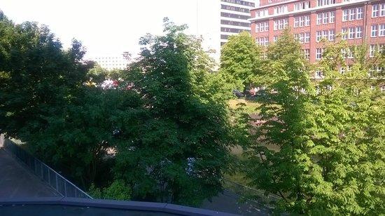 Mercure Hotel Hamburg City: Blick aus dem Zimmer