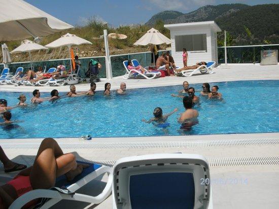 Garcia Resort & Spa: Animation am Pool