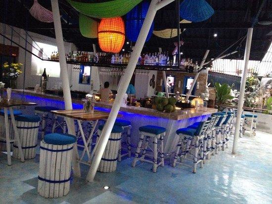 Coco Beach Club: Really cool interior