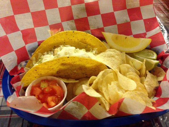 The On Deck Platter: The fish tacos. Tasty.