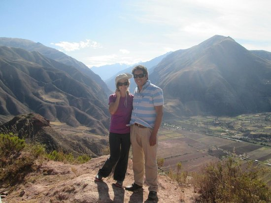 footprint guide cusco and the sacred valley book