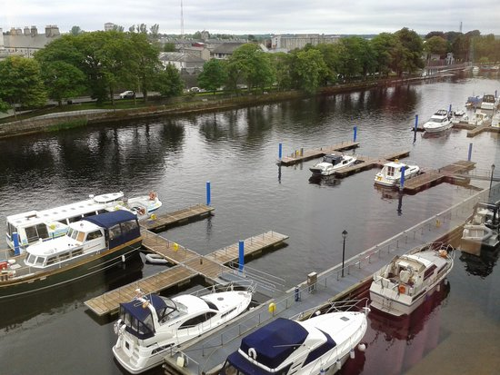 Radisson Blu Hotel, Athlone : the shannon