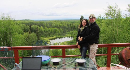 Talkeetna Denali View Lodge & Cabins : Not a bad backyard!