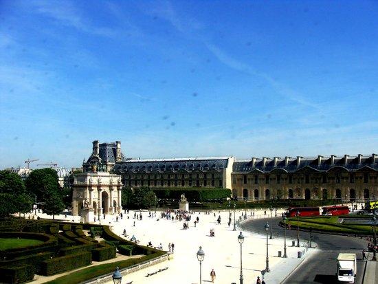 PARISCityVISION: Louvre Museum