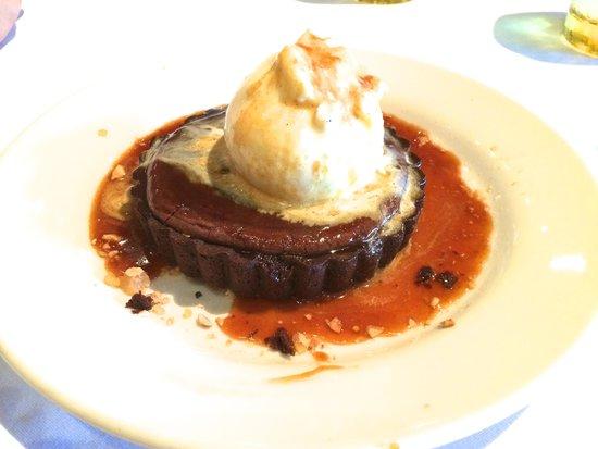 Mustards Grill: Warm Chocolate Hazelnut Torte