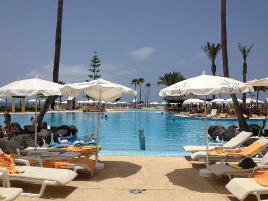 Iberostar Grand Hotel Salome : Pool at the Anthelia