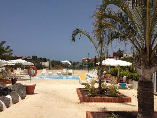 IBEROSTAR Grand Hotel Salome: Pool area at Anthelia