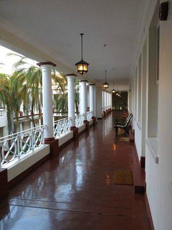 The Victoria Falls Hotel: Second Floor Hallway