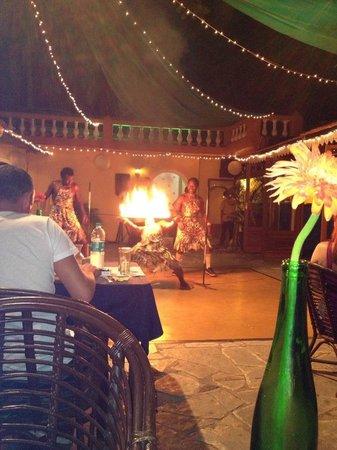 Aldeia Santa Rita: Always fab entertainment :)