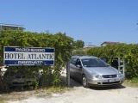 Atlantic Hotel: parcheggio