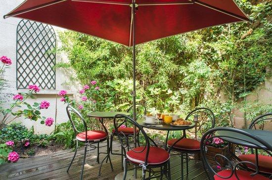Classics Hotel Bastille: Terrasse extérieure