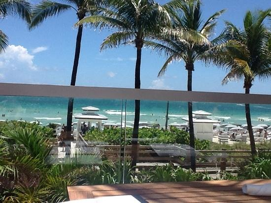 Fontainebleau Miami Beach: viewfrom Cote de la Mer restaurant