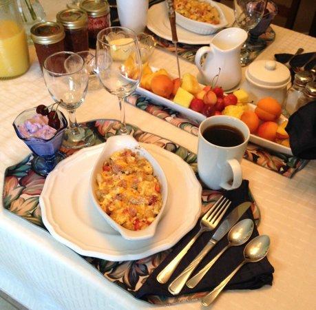 Desert Oasis Bed and Breakfast: Breakfast at the Desert Oasis