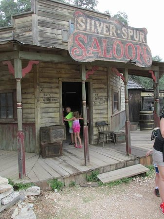 Enchanted Springs Ranch: Heading on into the Silver Spur Saloon!
