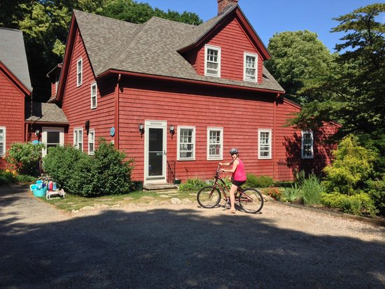 Woods Hole Passage Bed & Breakfast Inn : Biking!  Surprised to find out about the awesome bike paths