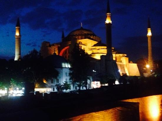 Four Seasons Hotel Istanbul at Sultanahmet: Scene from rooftop bar at Four Seasons.