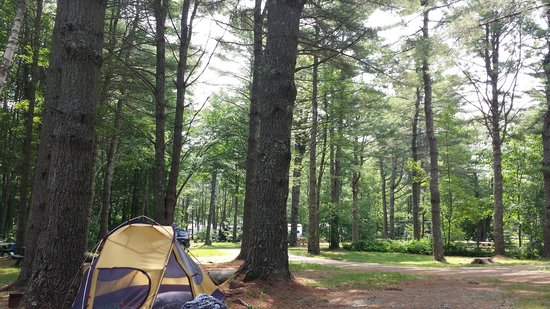"Searsport Shores Oceanfront Campground : ""beachfront"" campground"