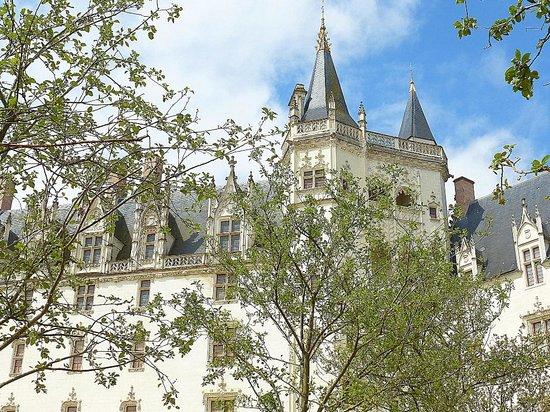 Le Temps des Hôtes : we visited le Chateau des Ducs de Bretagne, Nantes